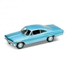 Игрушка модель винтажной машины 1:24 Chevrolet Impala 1965
